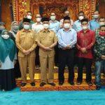 Pimpinan dan alumni Umuslim silaturahmi dengan Bupati